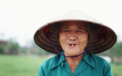 Жила была пожилая китаянка